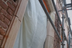 contour fenetre renovation facade travaux finis bis
